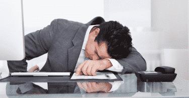vencer o sono durante o trabalho